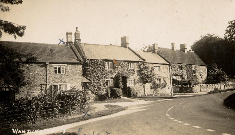 Post Box Cottage, Lower Wardington